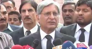 Qatri, Iranian, UAE's letters will lead to financial anarchy in country: Aitzaz