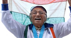 101-year-old woman wins 100m gold