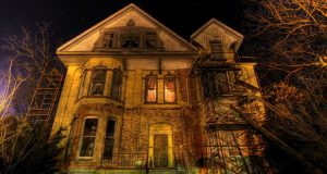 No one Ready for Doing Job in Haunted Home despite Handsome Salary