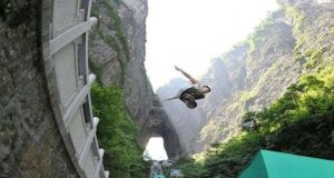 Parkour Racing Competition Held in China