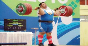 Pakistani Wrestler Clinches Gold in Commonwealth Championship
