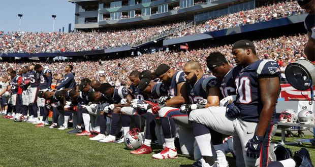 Showdown Over NFL Anthem Protests Moves to Monday Night