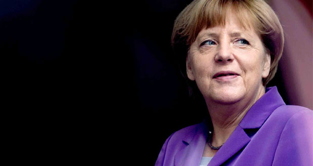 Angela Merkel decides to contest next elections