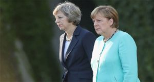 Merkel warns Britain over Brexit 'illusions'