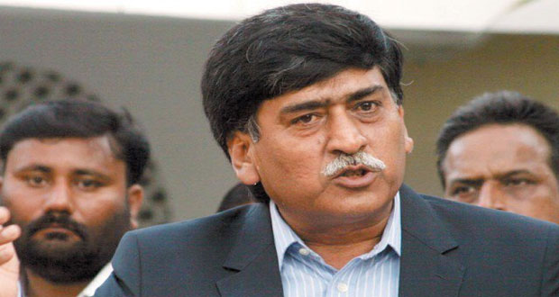 Afaq offers olive branch to opponents to unite Muhajirs