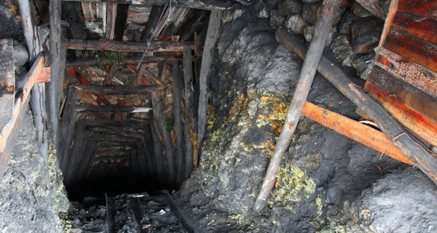Eight Bodies of Miners Pulled Out From Mine