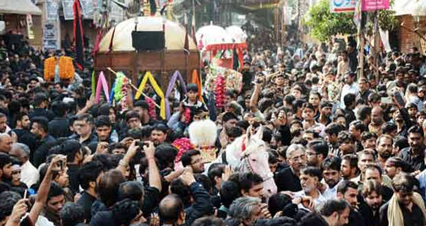 Glimpses of Ashura Processions in Pakistan