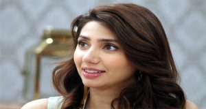 Mahira Slams Critics on Smoking Controversy with Ranbir