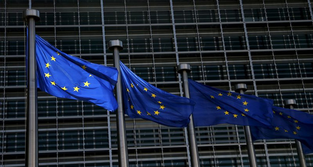 eu agrees to extend economic sanctions against russia