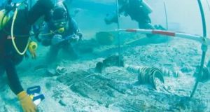 Relics of 800-year-old Ship Found Under Water