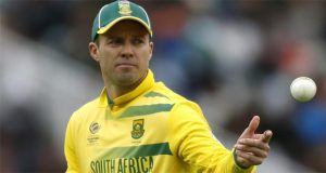 Injury-Hit De Villiers Set To Return in SA Squad