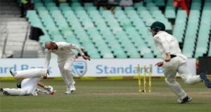 Nathan Lyon Fined For De Villiers Run-Out Incident