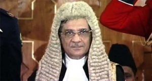 CJP Shows Anger Over Anti-judiciary Slogans Outside Court