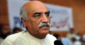 Voters Grill Khursheed Shah During Poll Campaign