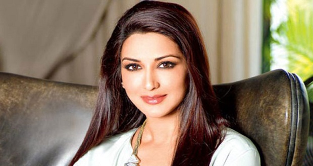 Sonali Reveals How She Broke the News of Her Cancer to Son