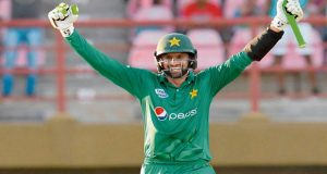 Shoaib Malik Becomes First Pakistani Batsman To Score 8000