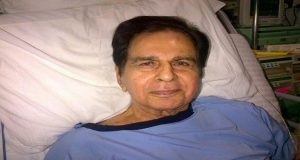 Dilip Kumar Contracts Lung Infection Again