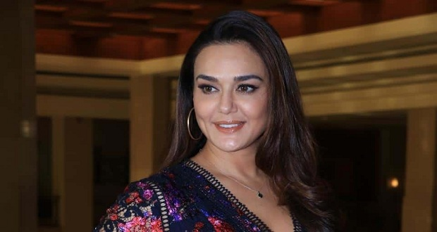 #MeToo: Zinta Apologizes For Hurting Sentiments